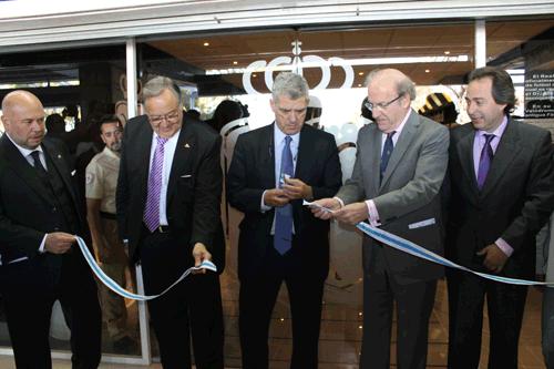 Pablo Comas, Eduardo Herrera, Ángel María Villar, Pedro Rodríguez y Manuel Remesal en la inauguración.
