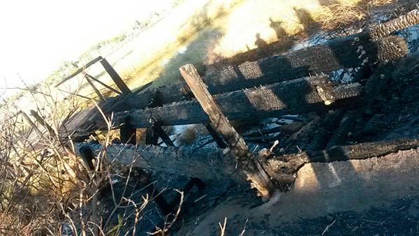 Zona afectada por el incendio que impide que las personas puedan transitar por el lugar