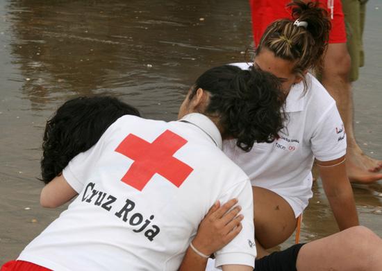 Imagen de uno los cursos avanzados de Socorrismo que imparte Cruz Roja Huelva