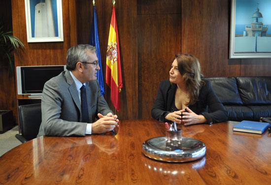 Carmen Crespo en la reunión mantenida en el día de ayer con el presidente de Puertos del Estado, José Llorca.