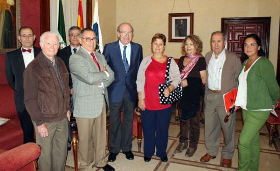 Una imagen de la recepción de la nueva junta directiva El Lazareto.