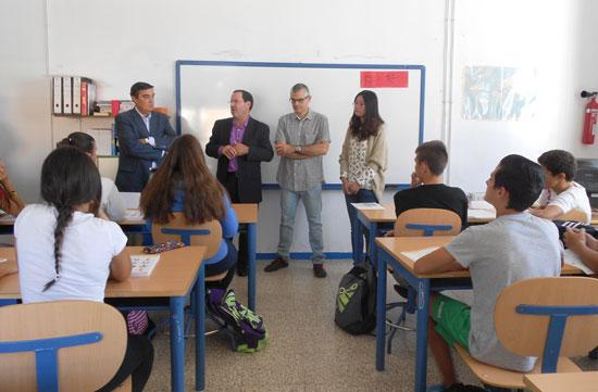 La Consejería de Educación, Cultura y Deporte ha autorizado la implantación, en el IES Diego de Guzmán y Quesada de la capital, de las Aulas Confucio, programa de enseñanza de Chino como segunda lengua extranjera.