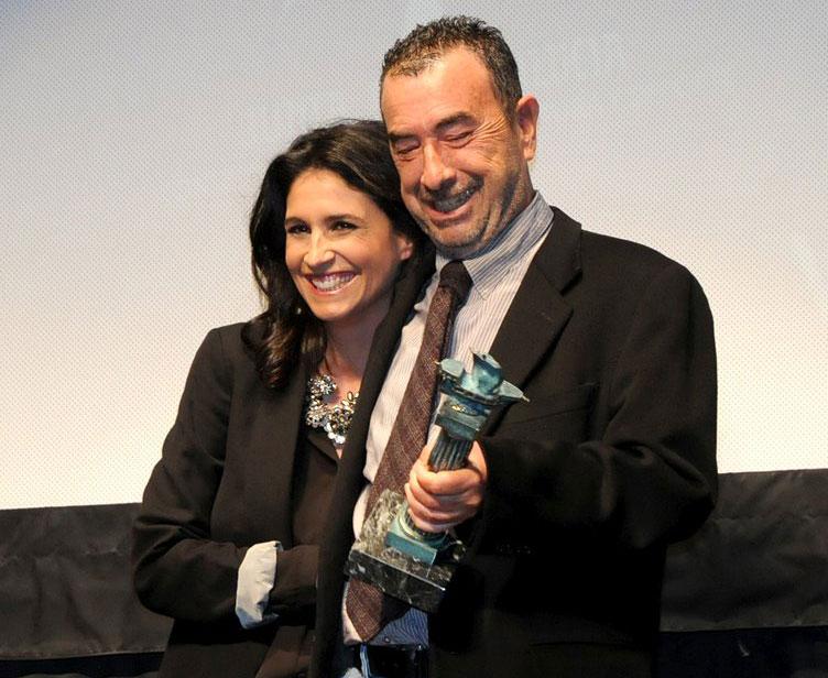 José Luis Garci recoge el Premio Ciudad de Huelva.