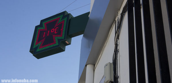 Termómetro en una farmacia de la provincia de Huelva.