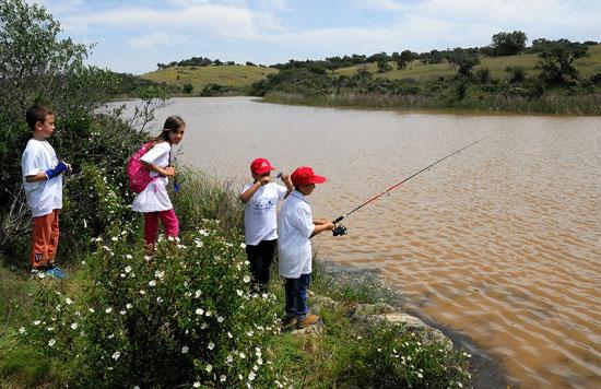 Actividad de pesca en el Huerto Ramírez