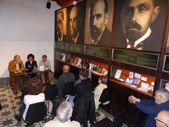 Imagen de un instante durante la presentación en la casa museo.