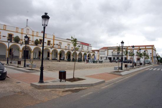 Imagen de la Plaza de España de Rosal de la Frontera.