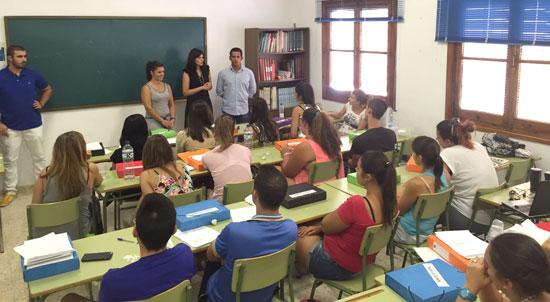 Imagen de la visita del campo de trabajo de la Puebla de Guzmán.