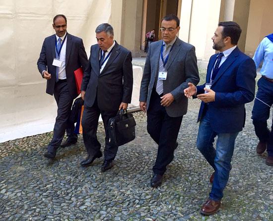 Durante la mañana de ayer, los responsables del FAMSI se reunieron con el alcalde de la localidad marroquí de Chefchaouen, Mohamed Sefiani, representante de la red de Medinas del Mediterráneo y un aliado clave en el país vecino para la proyección de iniciativas de fortalecimiento institucional entre gobiernos locales.