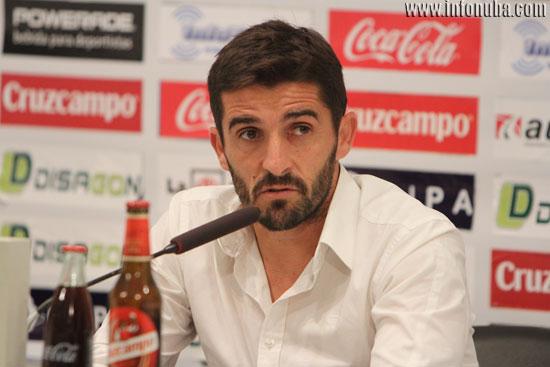 Víctor Fernández en rueda de prensa.
