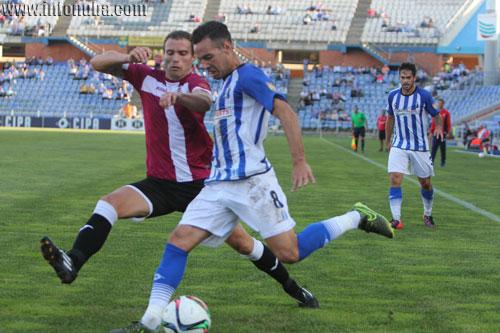 Manu Molina en el partido de ida entre el Recreativo de Huelva y el Cartagena.
