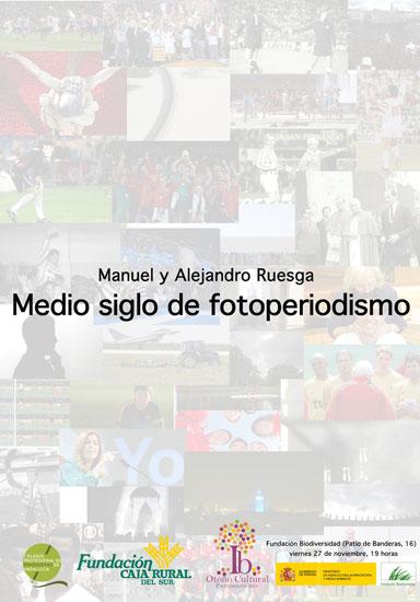"""Cartel de la conferencia coloquio sobre """"Los Ruesga. Medio siglo de fotoperiodismo""""."""
