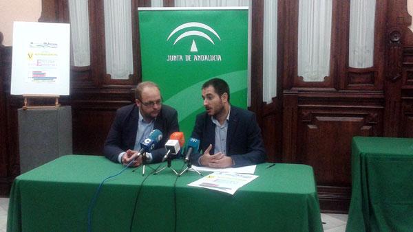 """Imagen del acto de presentación en el IAJ de Huelva del Programa """"Escuela de Emprendedores""""."""