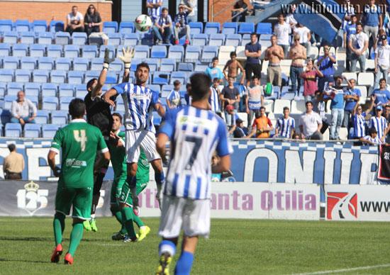 Arthuro en el último partido ante el Algeciras.