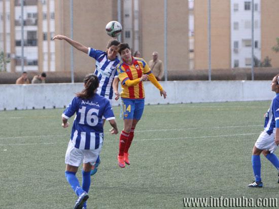 Imagen de un encuentro entre el Sporting Club de Huelva y el Valencia C.F. en esta temporada.