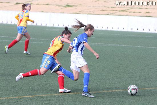 Un instante del encuentro entre el Sporting Club de Huelva y el Valencia C.F.