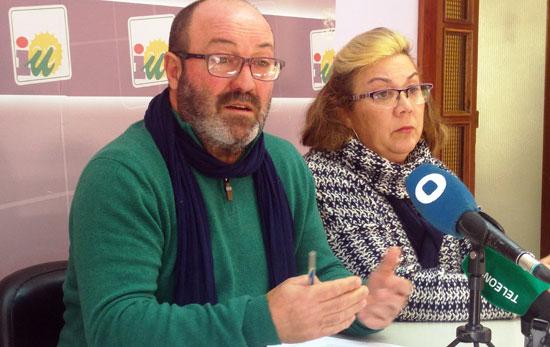 Pedro Jiménez y Monica Rossi en rueda de prensa.