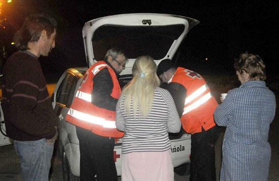 Una intervención de la Unidad de Emergencia Social de Cruz Roja Huelva.