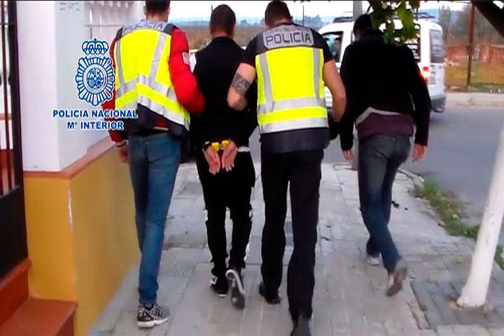 Imagen de una de las detenciones realizadas por la Policía Nacional.