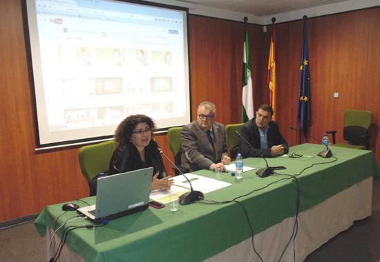 Los delegados territoriales de Igualdad, Salud y Políticas Sociales y de Educación, Rafael López y Vicente Zarza, respectivamente, así como la coordinadora onubense del IAM, Eva Salazar, han informado hoy del desarrollo de la campaña en la provincia de Huelva.