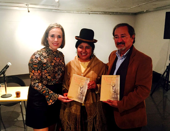 """Imagen de una de las presentaciones  de """"Platero y yo"""" en quechua."""