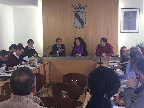 Imagen de la reunión sobre planes de empleo.