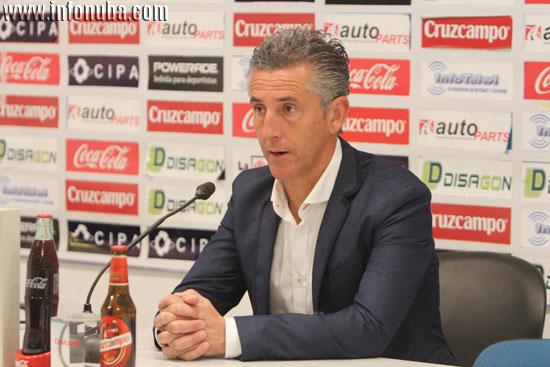 Alejandro Ceballos en rueda de prensa.