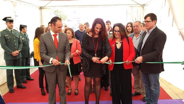 Acto de inauguración de la Feria del Gurumelo de Paymogo.