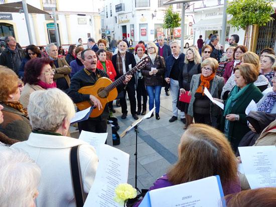 Imagen del acto conmemorativo en la tarde de ayer en Moguer.