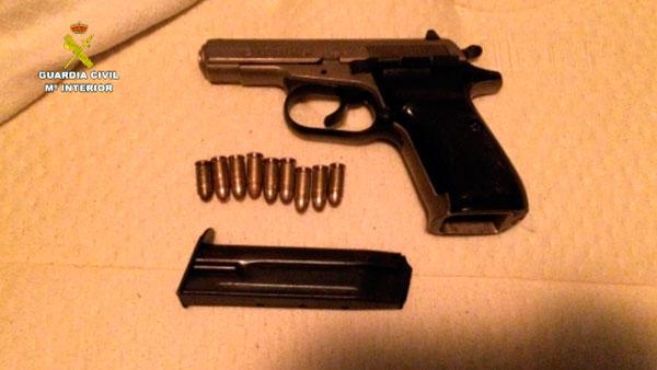 Arma y munición intervenidas en la OP Florence.