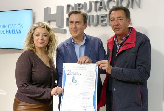 La diputada provincial Lourdes Garrido, el portavoz de CEMA Luís Valdayo y el Teniente de alcalde del Ayuntamiento de Moguer en Mazagón, Paco Martínez, han presentado esta mañana en rueda de prensa este evento.