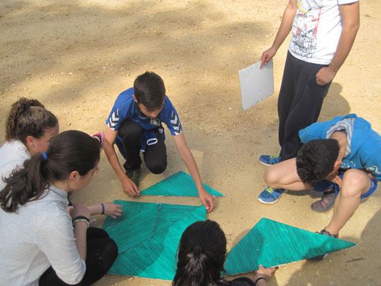 Imagen de escolares realizando una actividad en el Parque Moret.