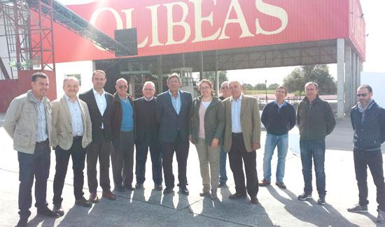 Imagen de la visita a la Cooperativa del Campo San Bartolomé.
