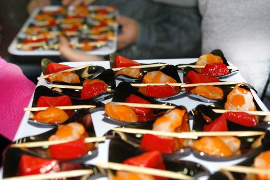 Imagen de algunos de los alimentos que pudieron degustar los asistentes.