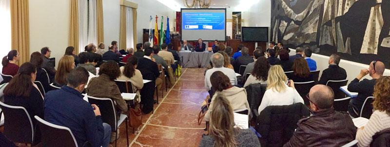 Más de un centenar de proveedores de la Diputación participaron ayer en una jornada informativa sobre la factura electrónica