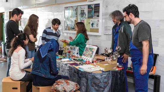 Imagen de una de las actividades en la UHU con motivo del Día del Reciclaje.