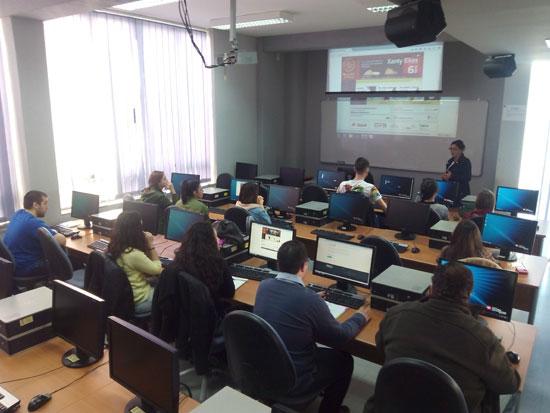Imagen del taller en el Campus de El Carmen.
