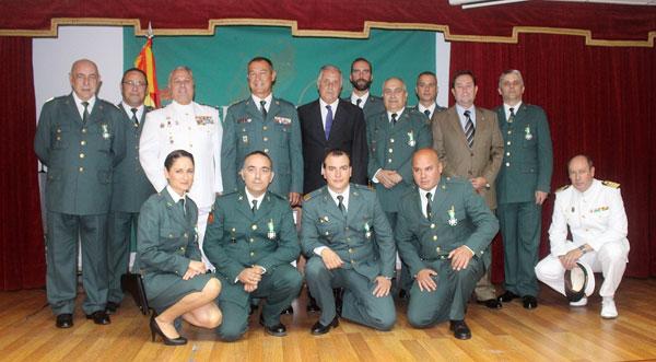 Foto de familia en el acto del 172 Aniversario de la Guardia Civil.