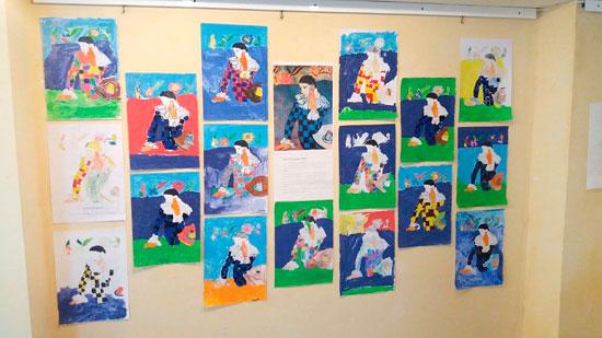 Imagen del mural realizado por los alumnos de Primaria.