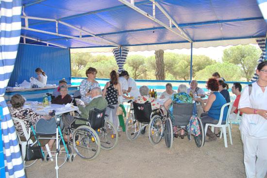 Imagen de un encuentro convivencia desarrollado en Villablanca.