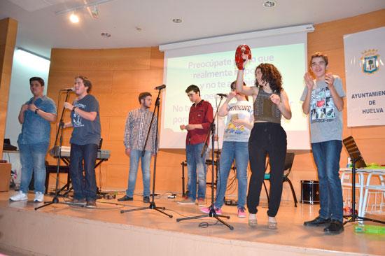 Imagen de los alumnos durante el concierto.