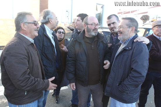 Diferentes representantes políticos y sindicales de la provincia en la última concentración en contra de la implantación de la Zona ORA en Minas de Riotinto.