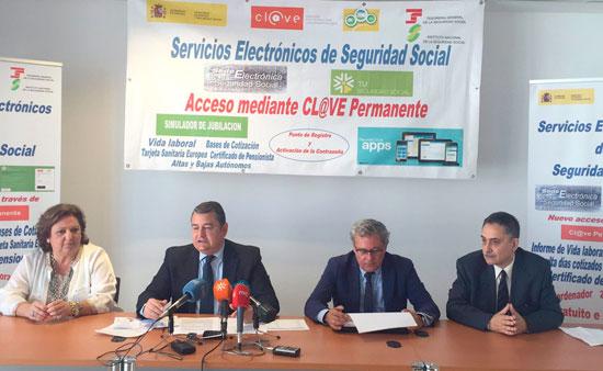 El delegado del Gobierno en Andalucía, Antonio Sanz, ha informado hoy de que Cl@ve, el sistema de identificación, autentificación, autenticación y firma electrónica común para todo el Sector Público Administrativo Estatal