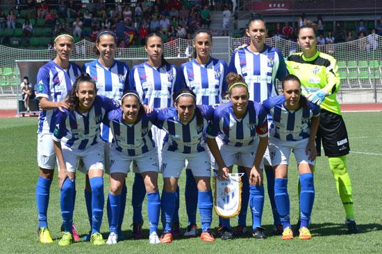 Imagen del once titular del Sporting de Huelva en el inicio del encuentro ante el Atlético de Madrid.