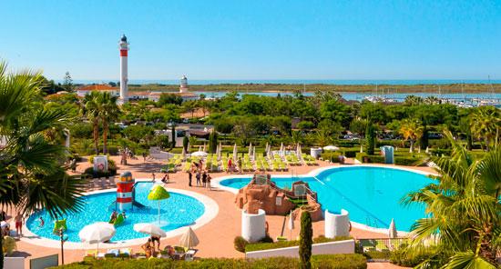 Imagen de las instalaciones del Hotel Fuerte El Rompido en la localidad onubense de Cartaya.