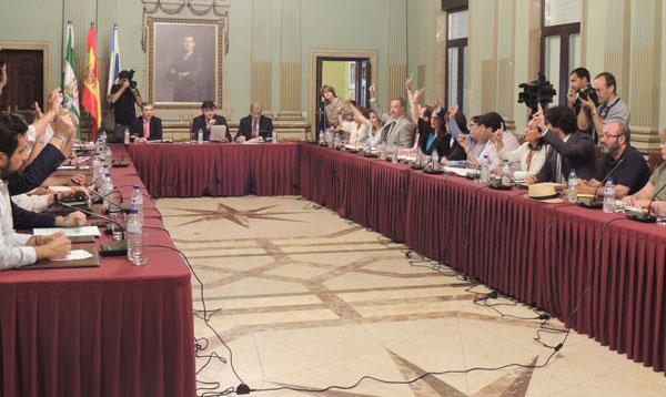 Imagen del Pleno en el Ayuntamiento de Huelva.