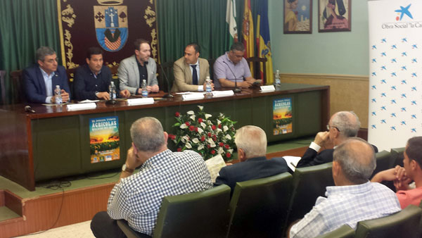 Imagen de la inauguración de las III Jornadas Agrícolas de Villalba del Alcor