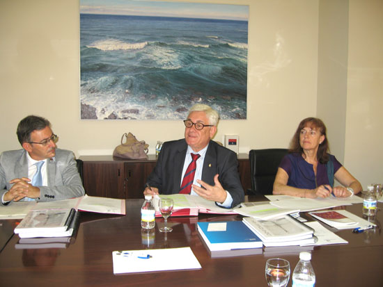 Imagen del Pleno del Consejo Social de la UHU.