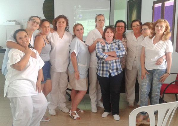 Imagen de algunas de las auxiliares del Servicio de Ayuda a Domicilio participantes en las sesiones formativas.