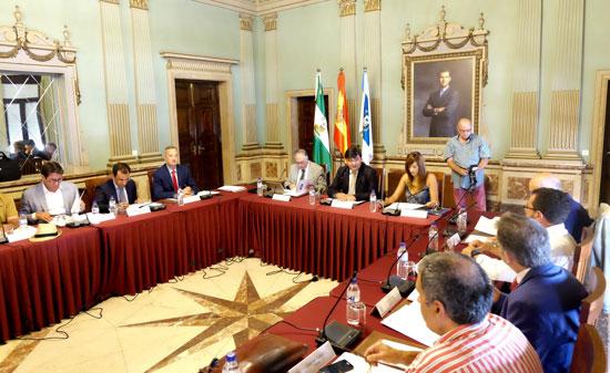 Imagen de la La Mesa de Participación de los Fosfoyesos celebrada en el día de ayer.